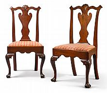 FINE PAIR OF QUEEN ANNE CARVED WALNUT SIDE CHAIRS, PHILADELPHIA, CIRCA 1770 |