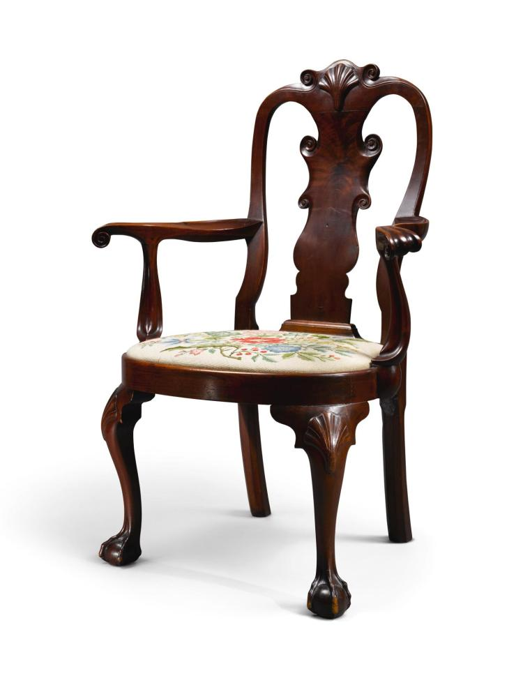 EXCEPTIONAL QUEEN ANNE CARVED AND FIGURED WALNUT COMPASS-SEAT OPEN ARMCHAIR, PHILADELPHIA, CIRCA 1760 |