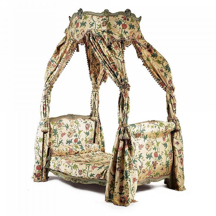 A louis xv lit la polonaise circa 1760 for Lit louis xv