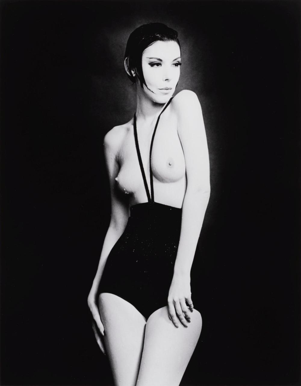 WILLIAM CLAXTON | Peggy Moffit in Rudi Gernreich's Topless Swimsuit, 1964