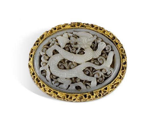A jade inlaid gilt bronze buckle Ming/Qing dynasty