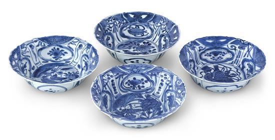 A set of four 'kraak porselein' bowls Ming dynasty, Wanli period (4)