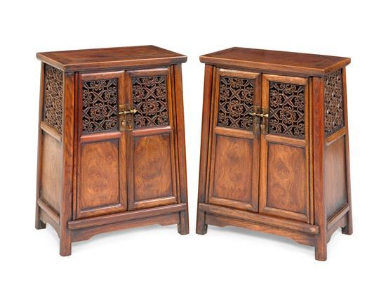 A pair of small round-corner tapered hardwood cabinets, Yuanjiaogui (2)