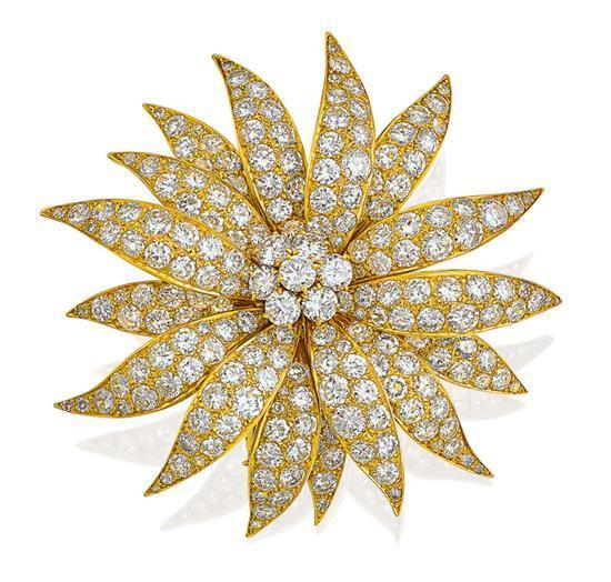 18ct gold and diamond ''Grande Marguerite'' brooch, Van Cleef & Arpels, circa 1960