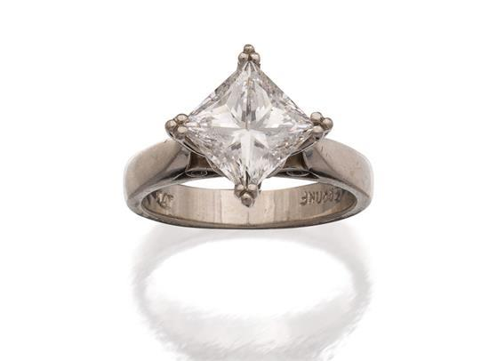 Platinum and diamond ring, Cerrone