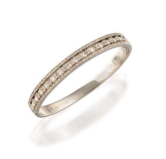 18ct white gold and diamond bangle, Damiani