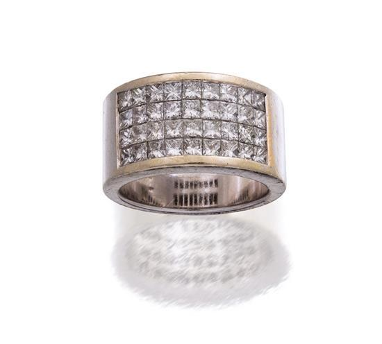 14ct white gold and diamond ring