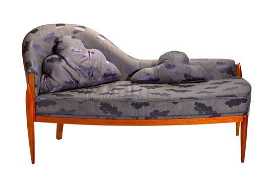 A contemporary maple veneered chaise longue circa 1980s 84 for Chaise 65 cm design