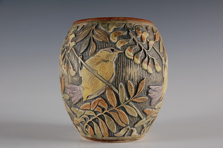 WELLER GLENDALE ART POTTERY VASE WITH BIRD