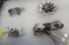 4 STERLING SILVER DECO PINS AND BROOCHES