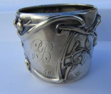 1840 STERLING SILVER NAPKIN RING HALLMARKED CR