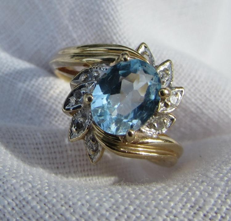 BLUE TOPAZ DIAMOND RING 14K GOLD SIZE 7 3/4
