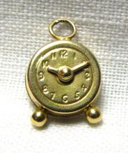 14k GOLD CLOCK CHARM MOVABLE HANDS REMINDER TIME