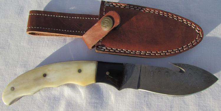 DAMASCUS STEEL KNIFE BONE HANDLE LEATHER SHEATH
