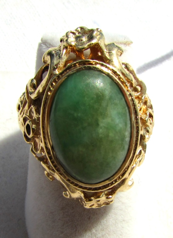 14k GOLD JADE RING GREEN FANCY VICTORIAN FLORAL