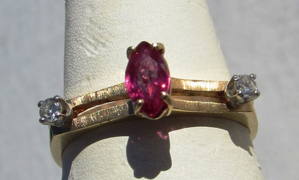 RUBY DIAMOND 14k GOLD RING
