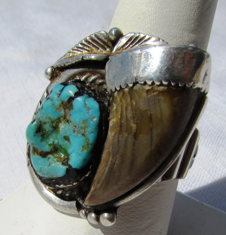 TURQUOISE BEAR CLAW STERLING SILVER RING SPENCER