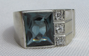 DIAMOND TOPAZ RING 10K GOLD 6.5 GRAMS SIZE 8