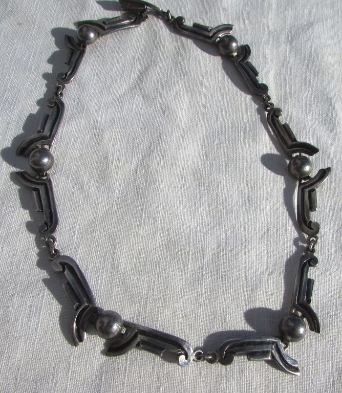 VICTORIA STERLING SILVER TAXCO NECKLACE 17