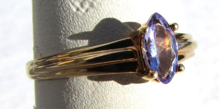 TANZANITE 10k GOLD RING SIZE 6