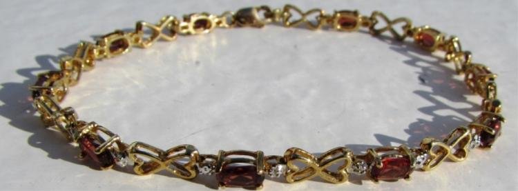 GARNET DIAMOND  BRACELET 10k GOLD HEART 4.4 g