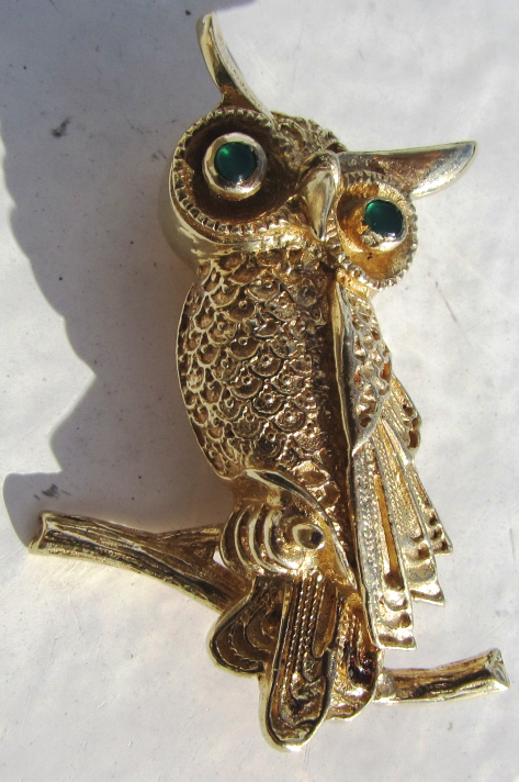 EMERALD 14K GOLD OWL PIN BROOCH HALLMARKED