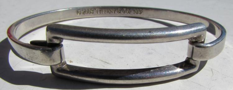 TIFFANY & CO STERLING SILVER BANGLE BRACELET
