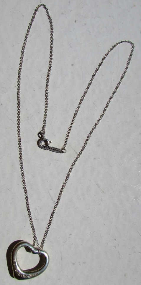 TIFFANY & CO. NECKLACE STERLING SILVER ELSA PERETTI HEART