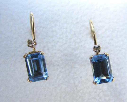 10K GOLD BLUE TOPAZ DIAMOND EARRINGS PIERCED