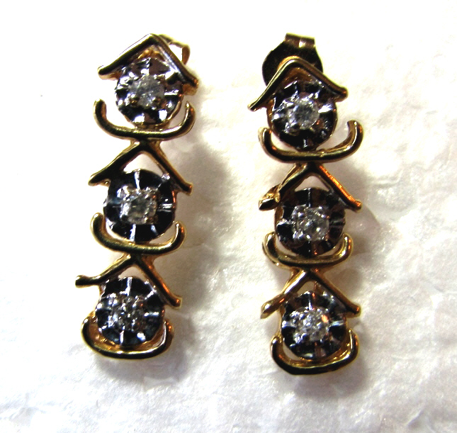 14K GOLD 6 DIAMOND EARRINGS