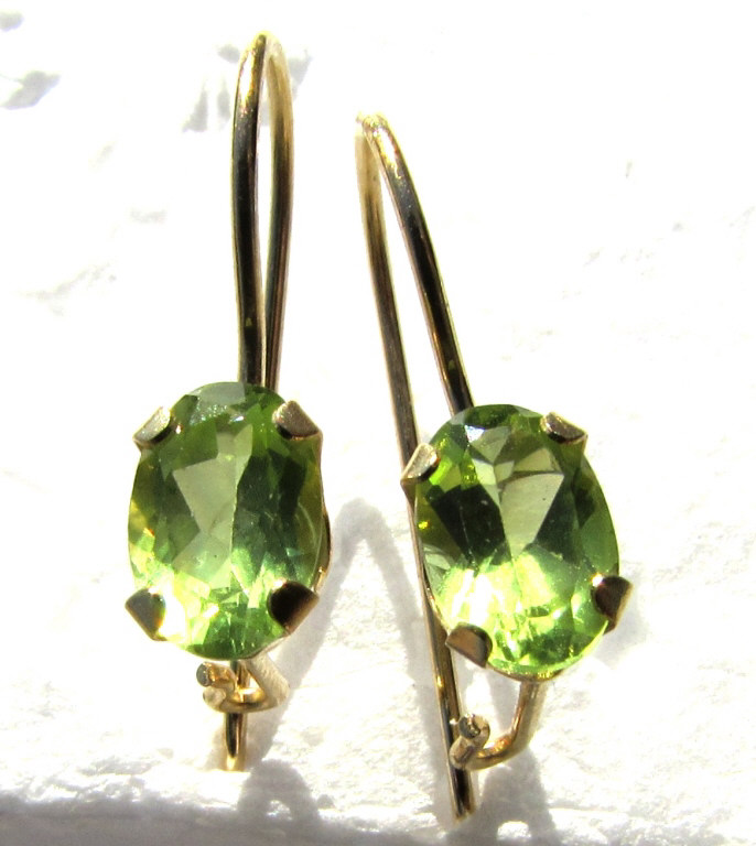 14K GOLD PERIDOT EARRINGS PIERCED