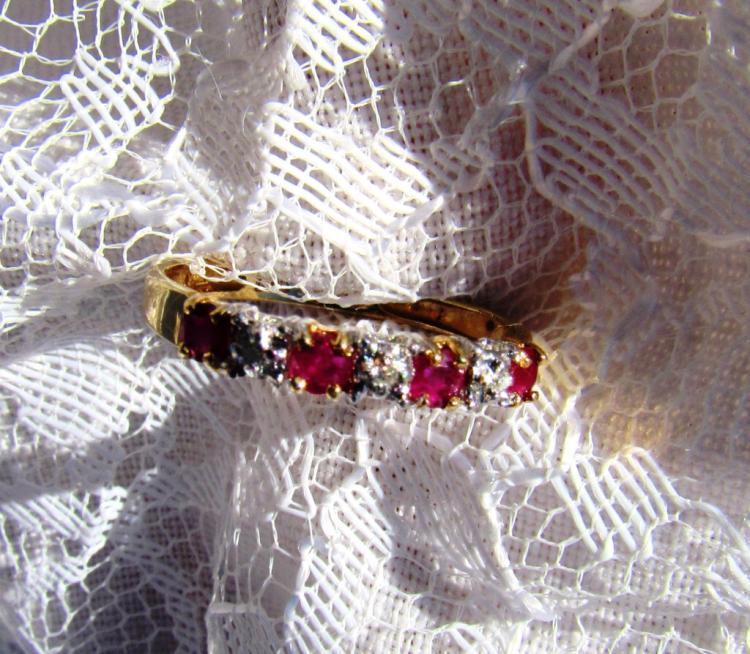 10k GOLD RUBY DIAMOND BAND RING