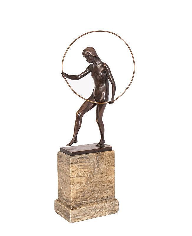 A rare Art Nouveau figure 'Femal tires player'