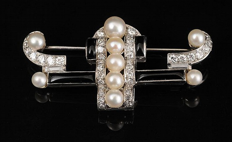 ART DECO STYLE PLATINUM, PEARL, ONYX AND DIAMOND BROOCH