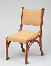 ENGLISH ARTS AND CRAFTS OAK SIDE CHAIR, IN THE MANNER OF PUGIN