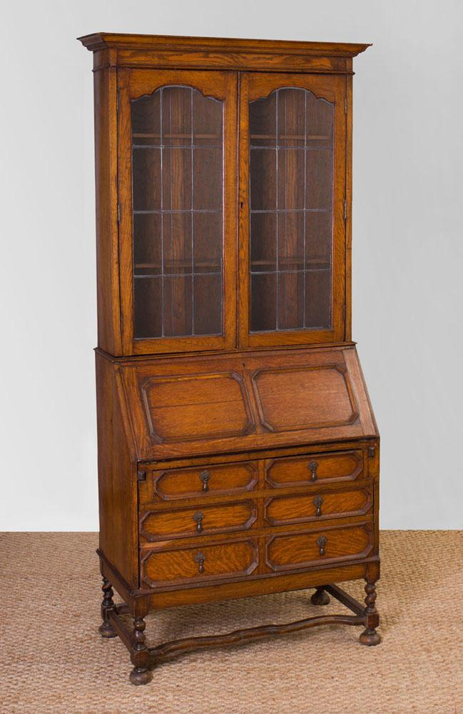 WILLIAM AND MARY STYLE OAK SECRETARY