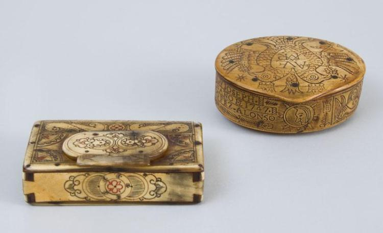 SPANISH COLONIAL ETCHED BONE SNUFF BOX AND A BOOK-FORM BOX