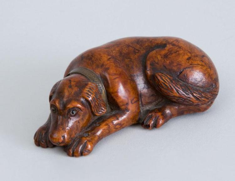 CONTINENTAL BRASS-MOUNTED CARVED WOOD SLEEPING HOUND-FORM SNUFF BOX