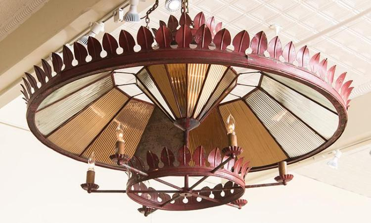 LARGE FRENCH TÔLE PEINTE AND MIRRORED SIX-LIGHT CHANDELIER