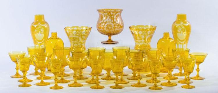 CREST-ETCHED AMBER-GLASS 44-PIECE TABLE SERVICE