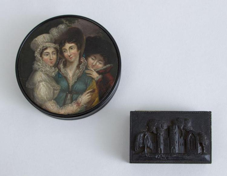 IRISH CARVED OAK SNUFF BOX AND A VICTORIAN PAPIER MÂCHÉ CIRCULAR BOX