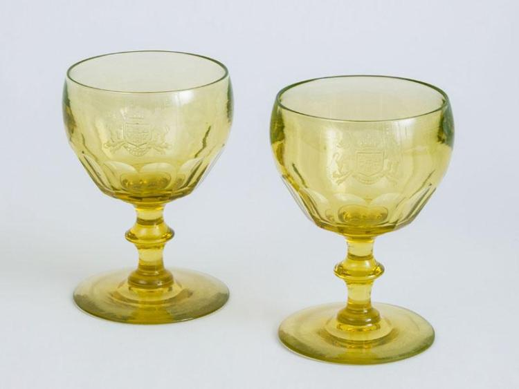 PAIR OF ANGLO-IRISH ARMORIAL ENGRAVED YELLOW WINE Glasses