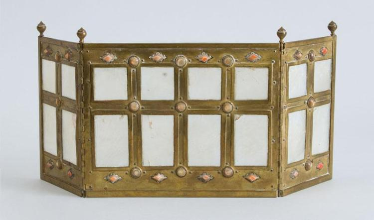 AMERICAN ARTS AND CRAFTS SHELL-MOUNTED BRASS THREE-FOLD TABLE SCREEN