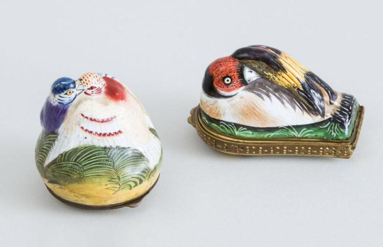 TWO SOUTH STAFFORDSHIRE ENAMEL BIRD-FORM SNUFF BOXES