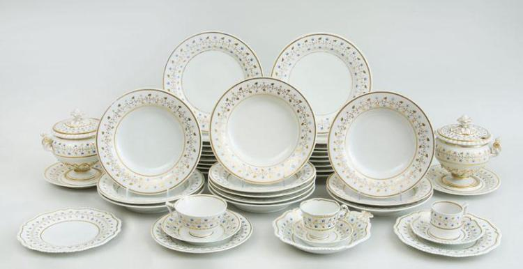 FLIGHT, BARR AND BARR PORCELAIN FIFTY-FOUR-PIECE PART DINNER SERVICE