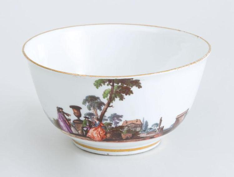 MEISSEN PORCELAIN LARGE FOOTED BOWL