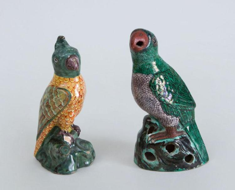 CONTINENTAL FAIENCE FIGURE OF A PARROT AND A CHINESE PORCELAIN FIGURE OF A PARROT