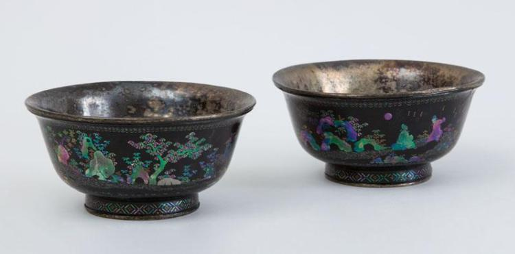 PAIR OF CHINESE ABALONE SHELL-INLAID BLACK LACQUER FOOTED BOWLS