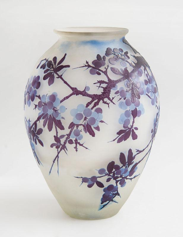 GALLÉ CAMEO GLASS LARGE OVOID VASE
