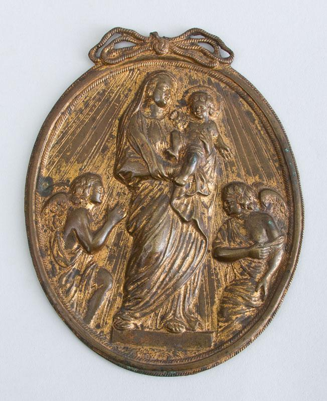 BOLOGNESE SCHOOL: MADONNA AND CHILD AND TWO ANGELS